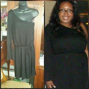 H&M one-sleeve black dress